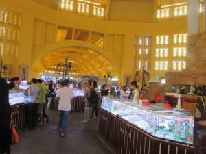 Suasana di dalam old market