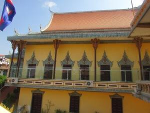 Salah satu sisi Bangunan Vihara