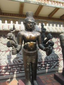 Patung Dewa-Dewa